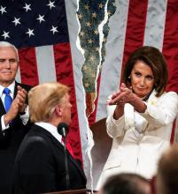 House Speaker Nancy Pelosi claps in the direction of President Donald Trump at the State of the Union. Photo: EFE.