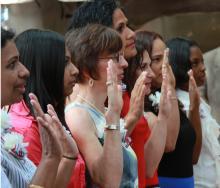 Naturalization ceremony in Philadelphia on Flag Day, 2012. AL DÍA NewsArchive.