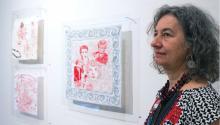 Con suinstalación de tejidos y bordadosen los Jardines Mágicos de Filadelfia, artistamexicana OrnellaRidone explorael consumismo y la relaciónentreEE.UU. y México. Foto: Emily Neil /AL DÍA News