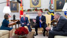"U.S. President Donald Trump warned today that the Army will ""build"" the controversial wall with Mexico if the Democrats do not support the delivery of budgetary funds to ensure ""border security."" EFE/Michael Reynolds"