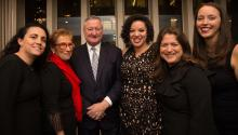 Deborah Mahler, Rev. Bonnie Camarda, Mayor Jim Kenney, Tiffany Tavarez, Cynthia Figueroa y Jane Slusser