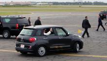 Pope Francis in his Fiat, arriving in Philadelphia last September. Photos:LucíaTejo/AL DÍA News