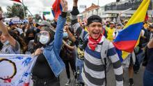 Protests continue throughout Colombia. Courtesy of CNN en Español.