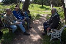 Enrique Moras, Darío Klein and others interview Pepe Mujica.