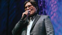 Bobby Cruz during the concert in Puerto Rico. Photo: Felix Ayala