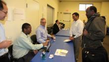 Taller amplía oportunidades de contratistas con PHA