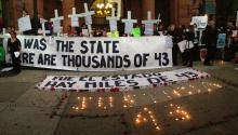"""El grupo no oficial """"La Comunidad Mexicana de PA"""" se reunió el 9 y 10 de noviembre en apoyo de los 43 estudiantes mexicanos desaparecidos, exigiendo justicia por parte del gobierno mexicano. Foto: Samantha Madera/ AL DÍA News"""