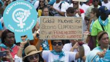 Thousands of people attended the Walk for Life, Health and Dignity of Dominican women. File image, photo Orlando Barria / EFE