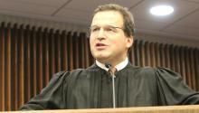 El jurista colombiano se convirtió en el tercer juez federal hispano en la Corte de Distrito Este de Pensilvania.