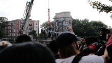 Robert Lee statue removed in Richmond, Virginia