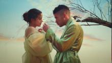 """Bad Bunny and Rosalía in their video """"La noche de anoche"""". Frame from YouTube"""