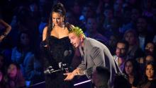 NEWARK, NEW JERSEY - AUGUST 26: ROSALÍA and J Balvin onstage during the 2019 MTV Video Music Awards at Prudential Center on August 26, 2019, in Newark, New Jersey. (Photo by Mike Coppola/Getty Images for MTV)