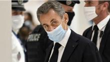 Una foto que mostraba el lunes y que habría evitado su antecesor Jacques Chirac. Photo:EFE