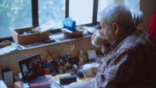 Saul Leiter gives us thirteen lifetime lessons in the documentary 'In No Great Hurry'. Image: Thomas Leach.