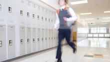 Nuevo flujo de presupuesto mantiene escuelas a flote