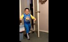 The famous ¡Mira! kid showing off his skeleton socks. Screenshot: Twitter.