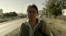 Caption: La actriz Mercedes Hernández encarna a Magdalena, la madre de un joven desaparecido mientras trataba de cruzar a Estados Unidos. Photo: WANDA / LVG.