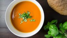 Seguir una dietablanda no suponecomer todos los días lo mismo. Foto: Foodie Factor