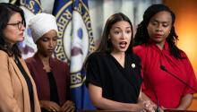 En 2018, Alexandria Ocasio-Cortez, Ilhan Omar, Rashida Tlaib y Ayanna Pressley obtuvieron sus escaños en el Congreso compitiendo en plataformas progresistas contra los demócratas del establishment.Photo: AP
