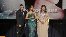 The hosts, Antonio Banderas and the president of the Starlite group, Sandra García-Sanjuán during the awards ceremony.