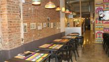 El colorido espacio de entrada a Tandoor. Foto: Tandoor