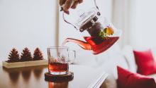Consumir infusiones puede ayudarte con tus problemas de digestión. Foto:Sabri Tuzcu