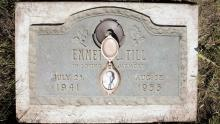 A plaque marks the gravesite of Emmett Till at Burr Oak Cemetery May 4, 2005 in Aslip, Illinois. (Photo by Scott Olson/Getty Images)