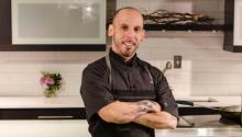 Originario del Bronx, en Nueva York, Ted Torres se mudó a Filadelfia para perseguir su sueño de convertirse en chef.