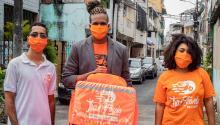 Empresas como TrazFavela nacieron para dar servicio a los barrios más marginados y están revolucionando el modo de hacer negocios. Photo: Uol.