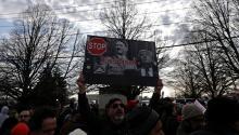 Visita de Trump a Long Island reaviva cicatrices de crimen de odio