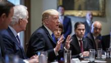 US President Donald Trump (c) speaks during a meeting with members of Congress to discuss school and community safety at the White House in Washington (United States) on Wednesday, February 28, 2018. EFE / SHAWN THEW
