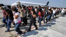 Venezuelans are deported from Trinidad and Tobago. Source: https://www.noticiasbarquisimeto.com