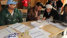 Además de registrar votantes, se proporcionó una guía del votante en español que puede obtener llamando al teléfono (215) 686-3460 o visitando la Oficina de los Comisionados en el interior de City Hall, oficina 132. Ana Gamboa/AL DÍA